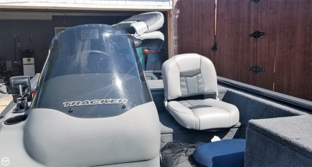17' Tracker, Listing Number 100818772, - Photo No. 7