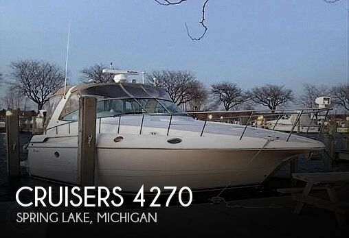 46' Cruisers Yachts 4270