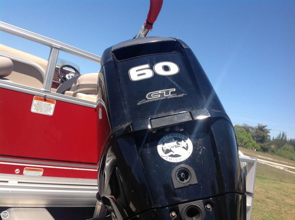2015 Sun Tracker Bass Buggy 18 DLX Signature Series - Photo #3