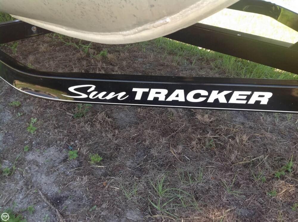 2015 Sun Tracker Bass Buggy 18 DLX Signature Series - Photo #38
