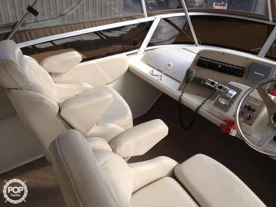 2001 Regal 3780 Commodore - Photo #7