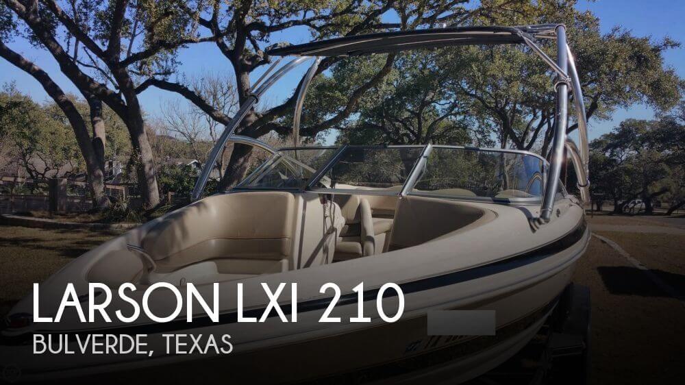 2002 Larson LXI 210 - Photo #1