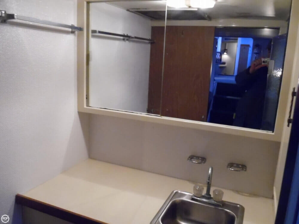 1974 Chris Craft boat for sale, model of the boat is 410 Commander & Image # 12 of 40