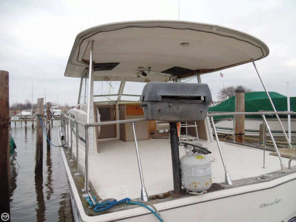 1974 Chris Craft boat for sale, model of the boat is 410 Commander & Image # 16 of 40