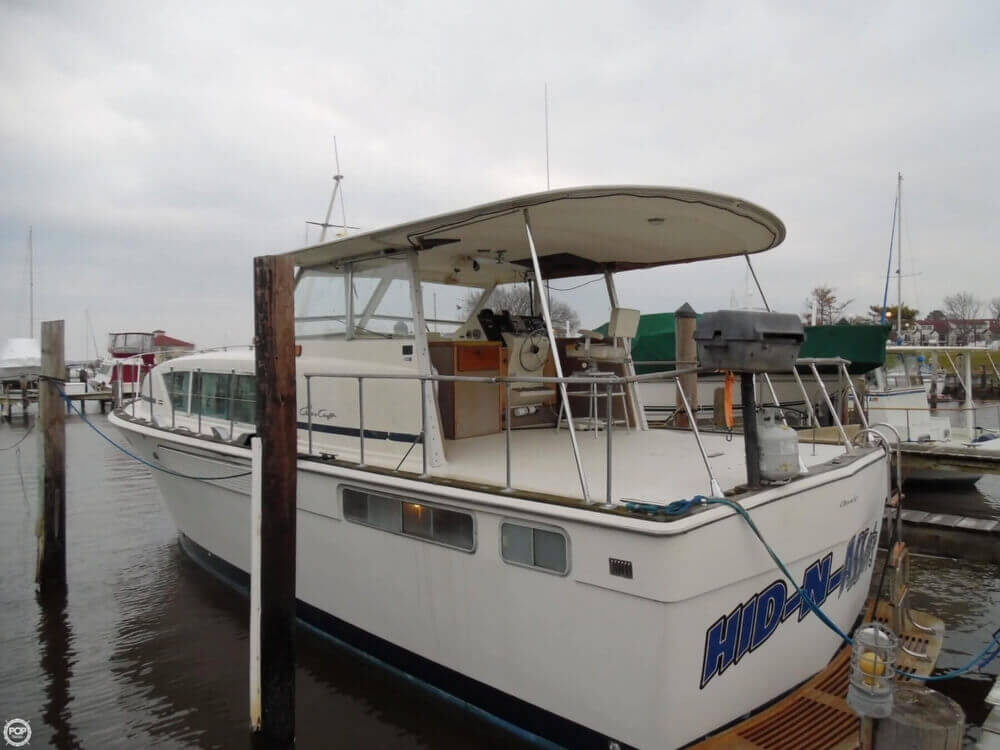 1974 Chris Craft boat for sale, model of the boat is 410 Commander & Image # 17 of 40
