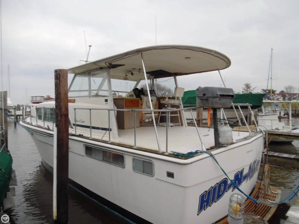 1974 Chris Craft boat for sale, model of the boat is 410 Commander & Image # 20 of 40