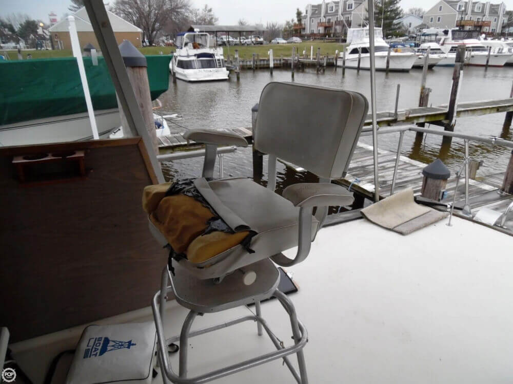 1974 Chris Craft boat for sale, model of the boat is 410 Commander & Image # 23 of 40