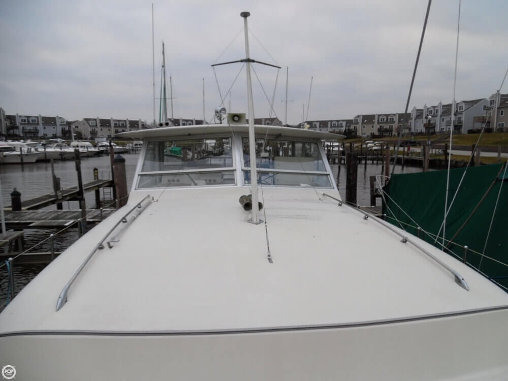 1974 Chris Craft boat for sale, model of the boat is 410 Commander & Image # 36 of 40