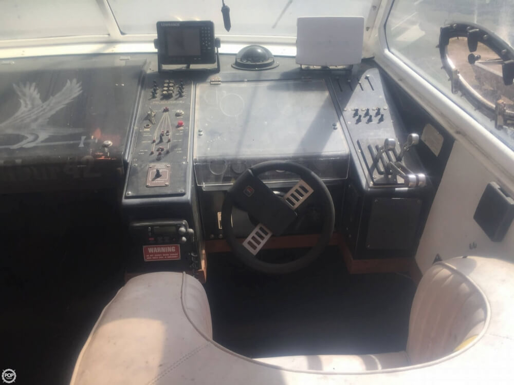 1985 Wellcraft boat for sale, model of the boat is 42 Excalibur & Image # 38 of 40