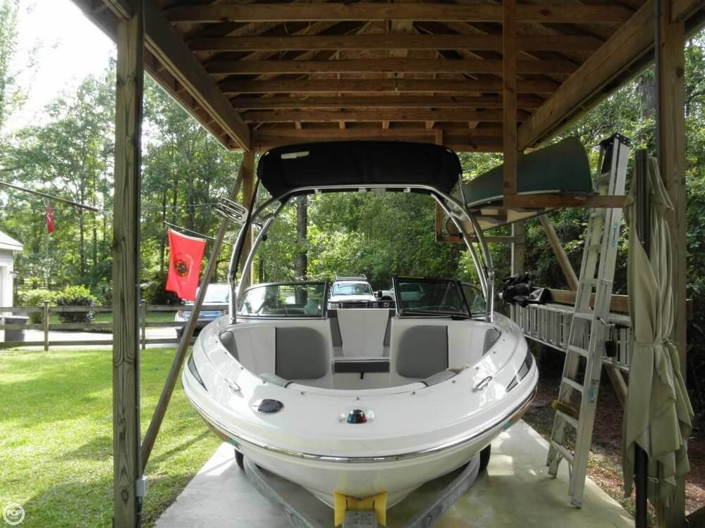 2011 Sea Ray 185 Sport - Photo #17