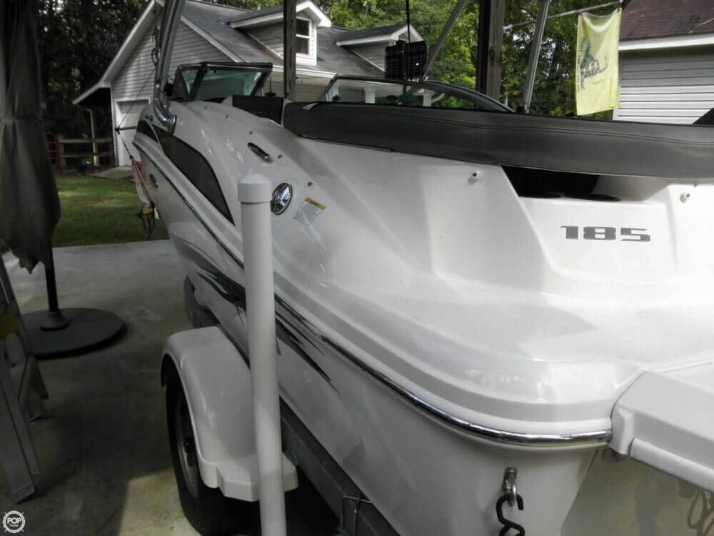 2011 Sea Ray 185 Sport - Photo #32