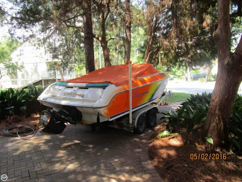 1999 Stingray boat for sale, model of the boat is 220SX & Image # 3 of 40
