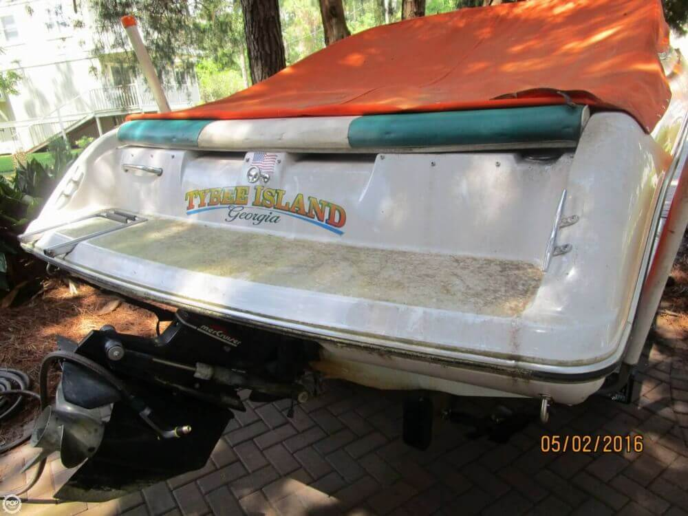 1999 Stingray boat for sale, model of the boat is 220SX & Image # 5 of 40