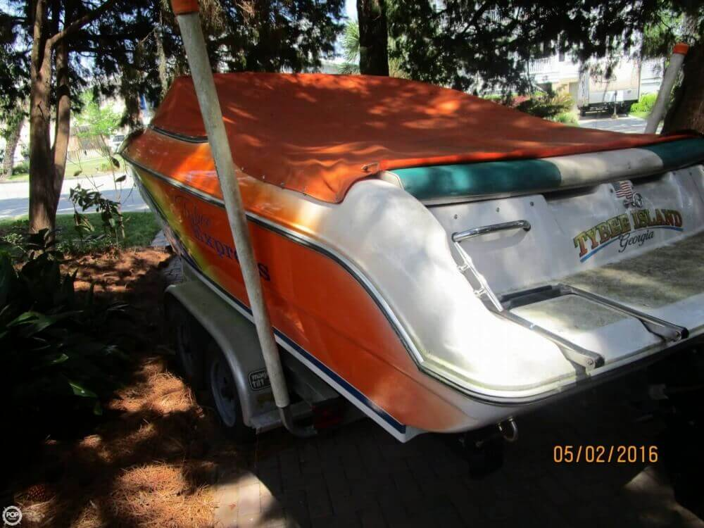 1999 Stingray boat for sale, model of the boat is 220SX & Image # 7 of 40