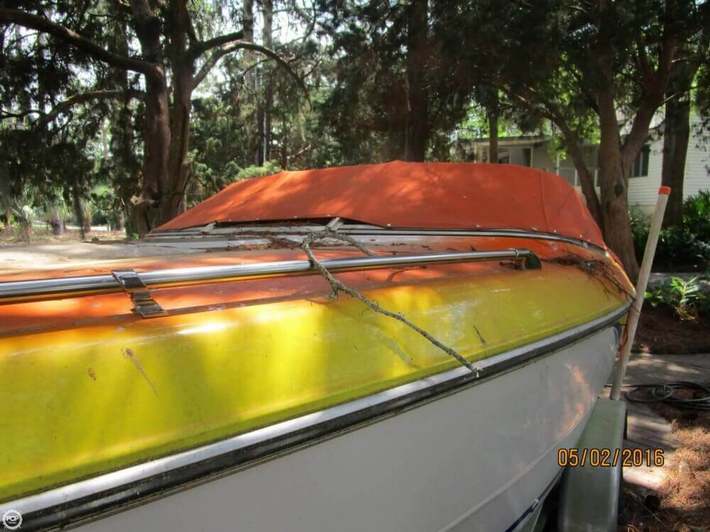 1999 Stingray boat for sale, model of the boat is 220SX & Image # 21 of 40
