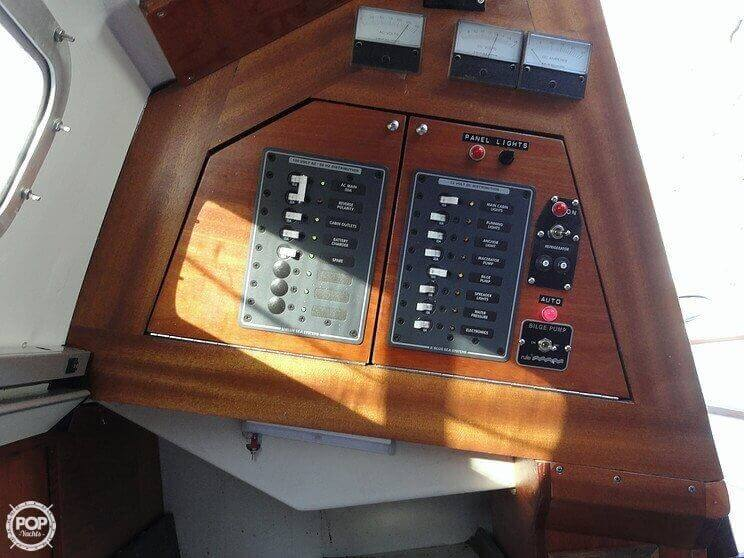 1978 C & C Yachts 26 - Photo #16