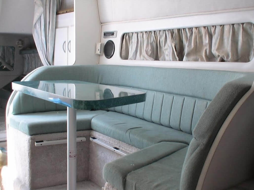 1994 Rinker boat for sale, model of the boat is 280 Fiesta Vee & Image # 13 of 40