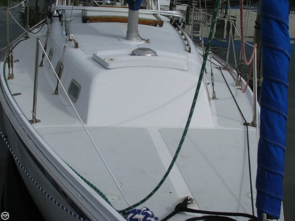1970 Ericson Yachts 32 MKII - Photo #28