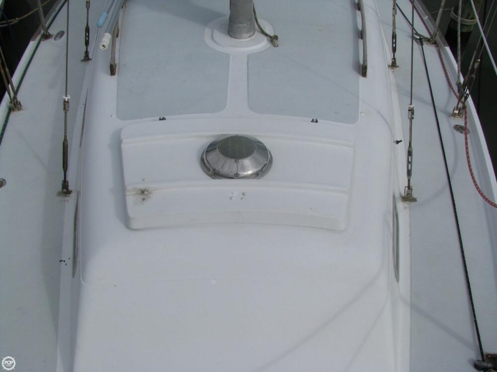 1970 Ericson Yachts 32 MKII - Photo #38