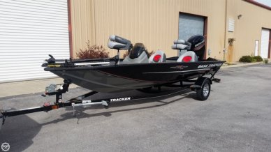 Bass Tracker 175 TXW, 17', for sale - $18,500