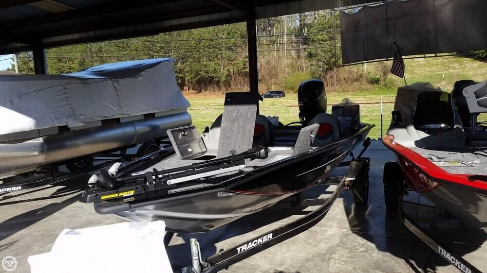 2015 Bass Tracker Pro 175 TXW - Photo #2
