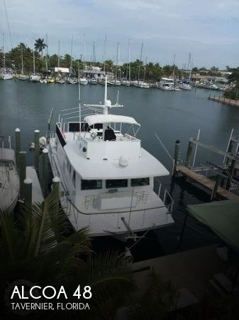 Used Houseboats For Sale in Florida by owner | 1971 Alcoa 48