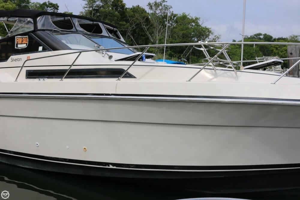 1987 Silverton boat for sale, model of the boat is 34 Express & Image # 15 of 40