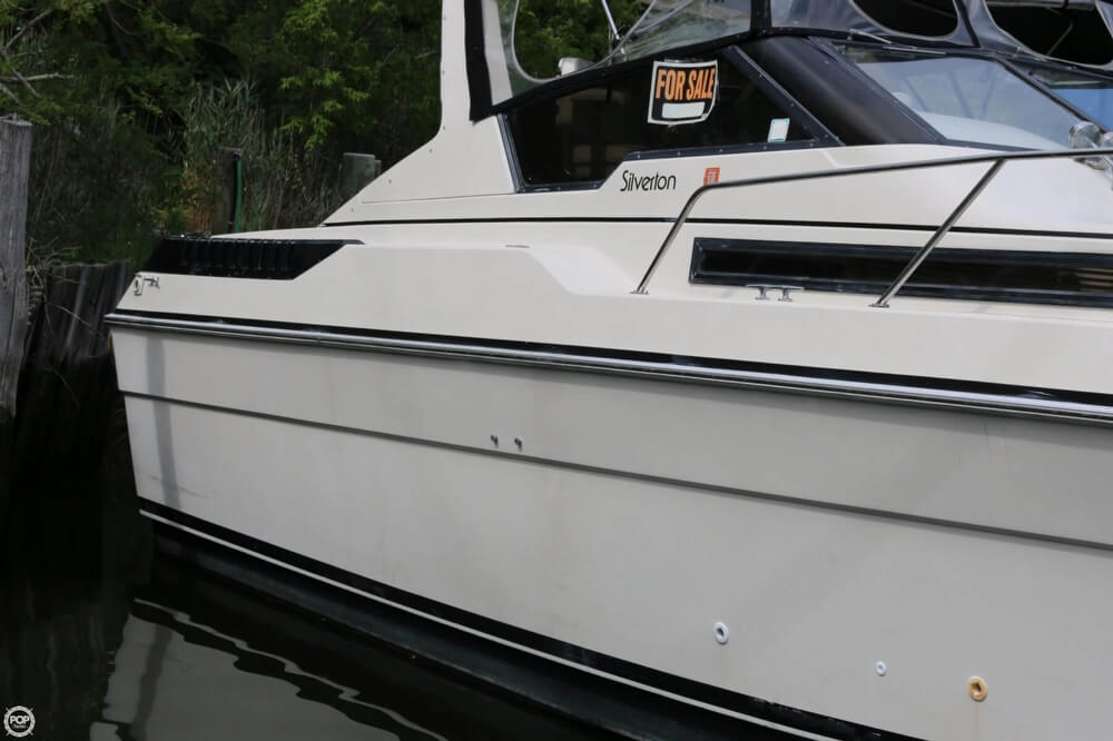 1987 Silverton boat for sale, model of the boat is 34 Express & Image # 18 of 40