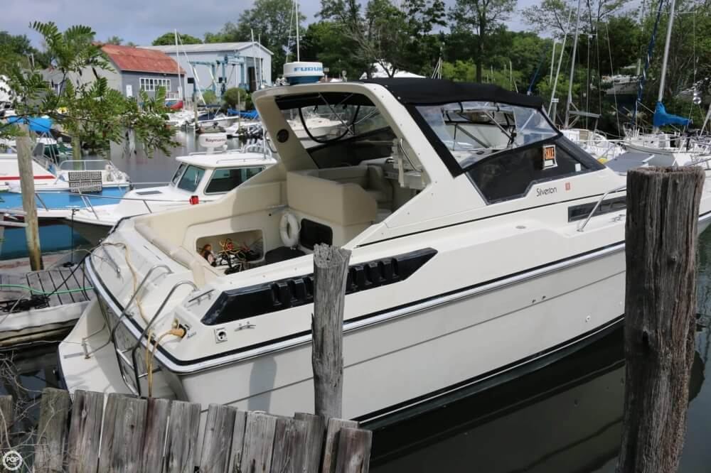 1987 Silverton boat for sale, model of the boat is 34 Express & Image # 27 of 40