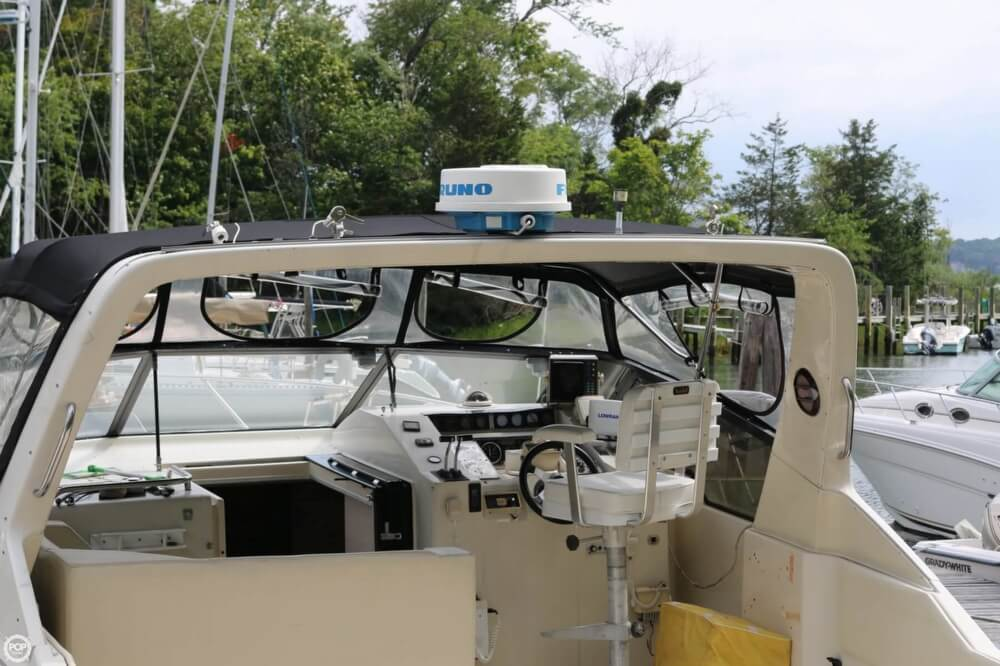 1987 Silverton boat for sale, model of the boat is 34 Express & Image # 32 of 40