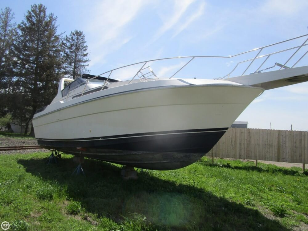1987 Silverton boat for sale, model of the boat is 34 Express & Image # 7 of 40