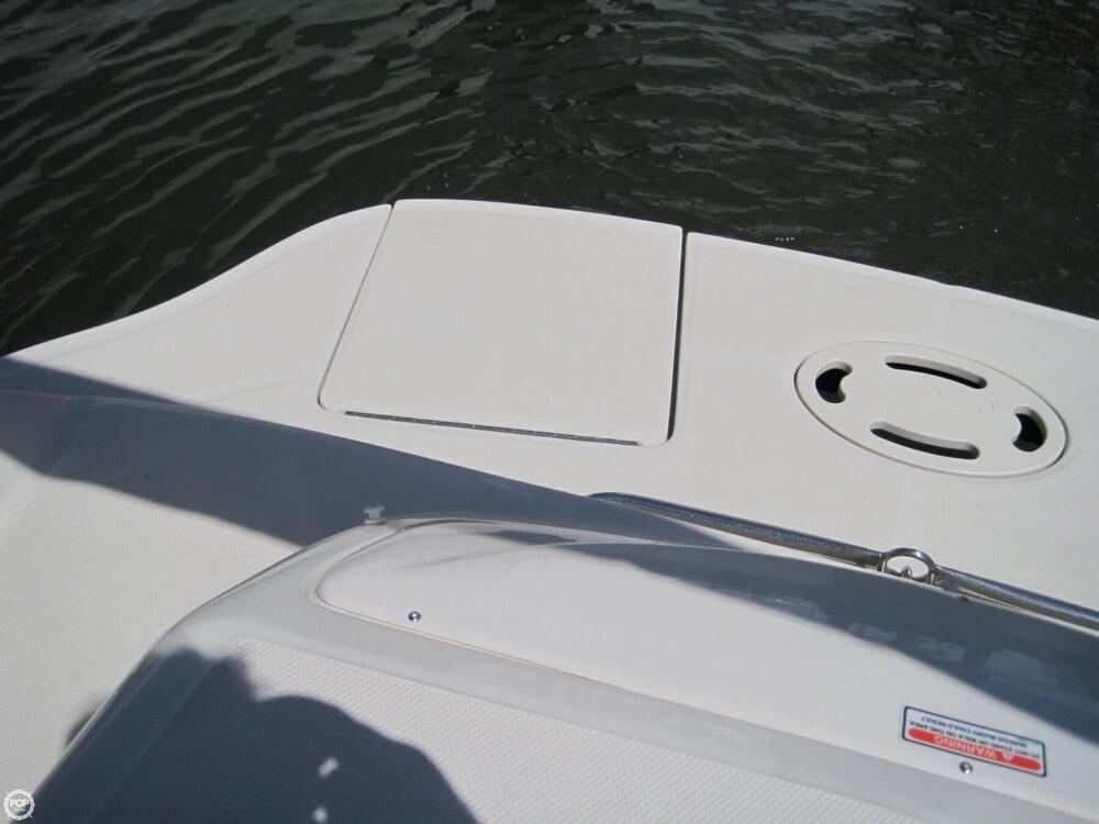 2006 Sea Ray 220 Sundeck - Photo #21