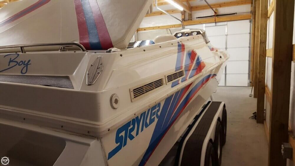 1994 Stryker 28 Equalizer - Photo #26