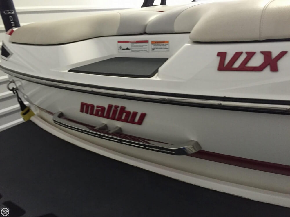 2010 Malibu Wakesetter 21 VLX - Photo #2