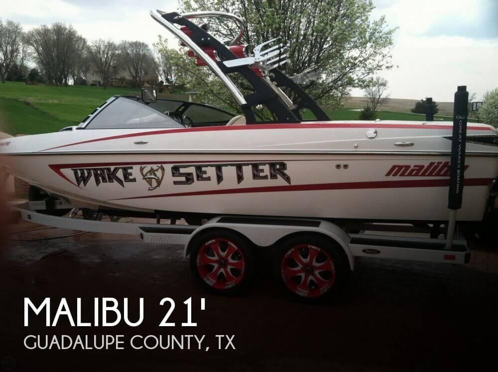 2010 Malibu Wakesetter 21 VLX - Photo #1