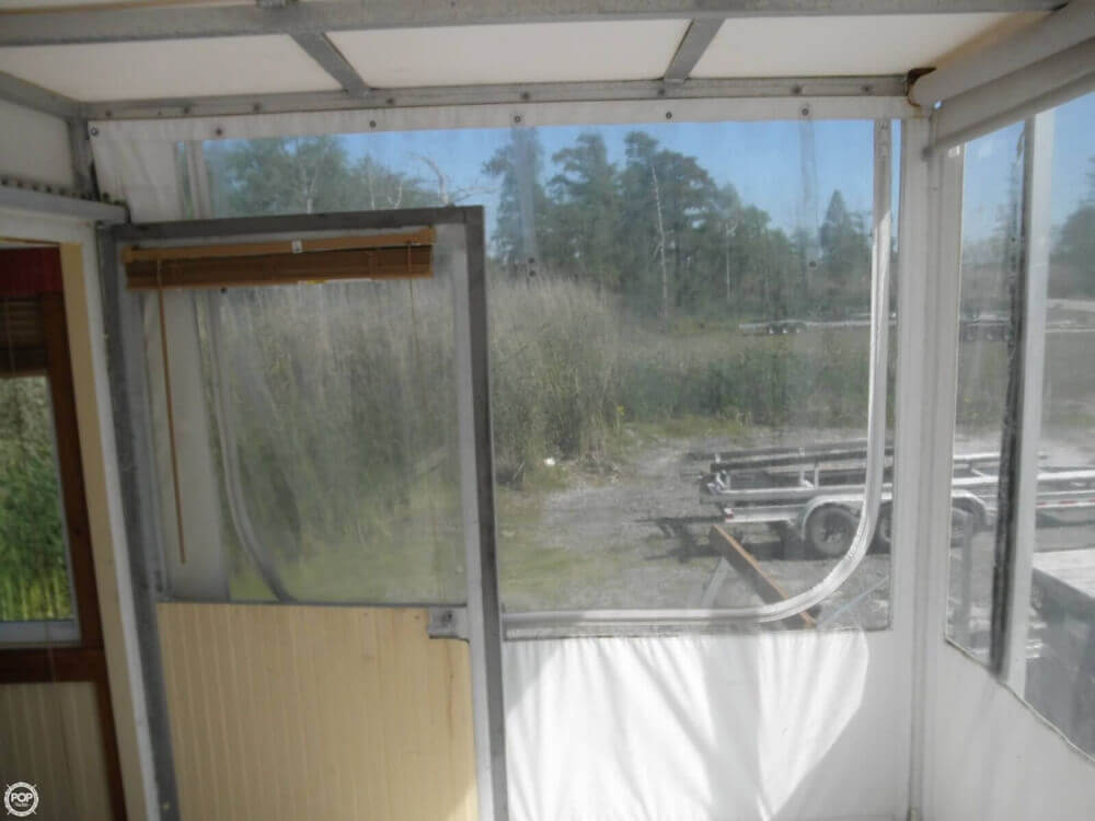 2009 Custom 35 Houseboat - Photo #38