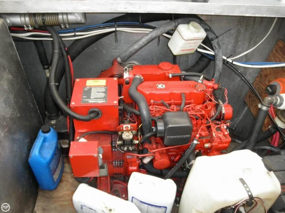 2009 Custom 35 Houseboat - Photo #5