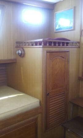 1981 CHB 34 Double Cabin - Photo #17