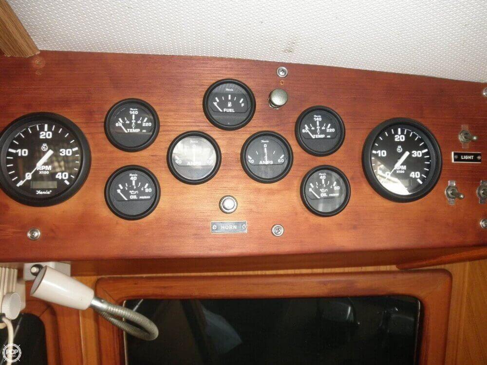 1981 CHB 34 Double Cabin - Photo #6