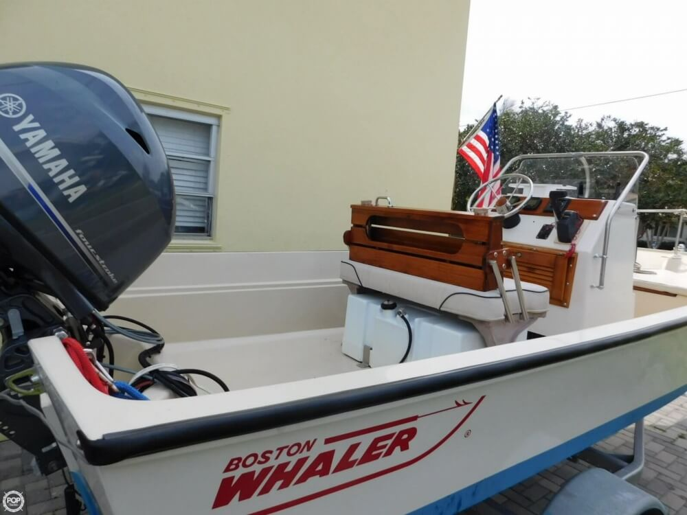 1979 Boston Whaler Montauk 17 - Photo #8