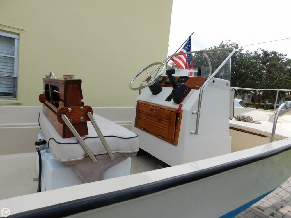 1979 Boston Whaler Montauk 17 - Photo #9