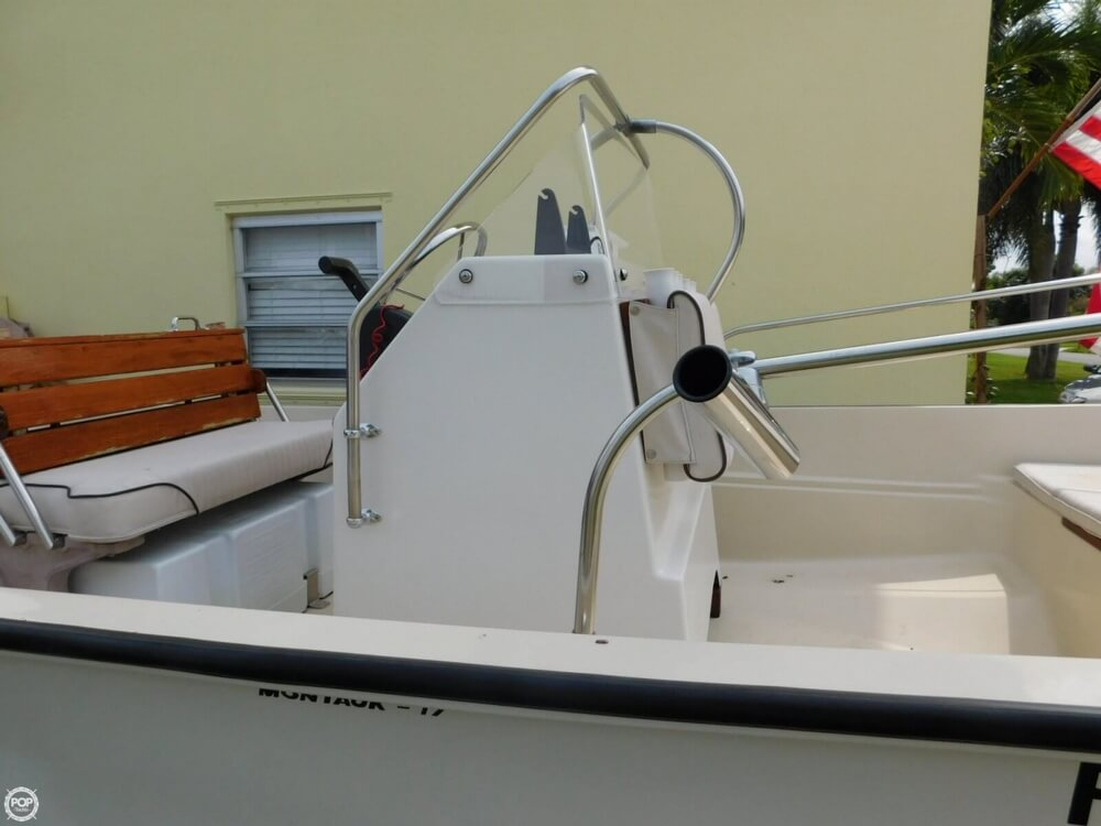 1979 Boston Whaler Montauk 17 - Photo #10