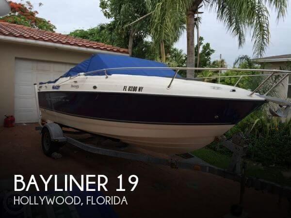 2009 Bayliner 19 - Photo #1