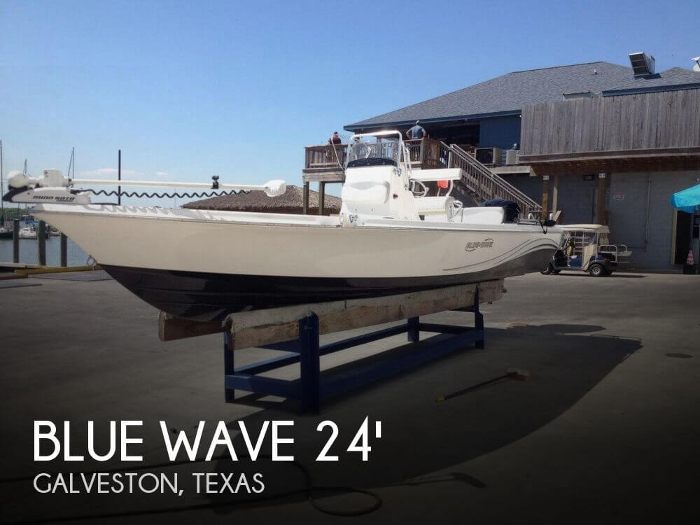 2013 Blue Wave 2400 Pure Bay - Photo #1
