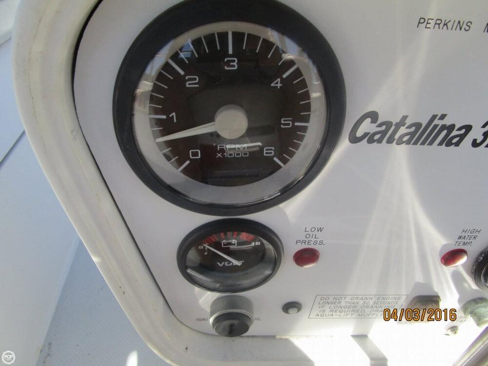 1994 Catalina 320 - Photo #35