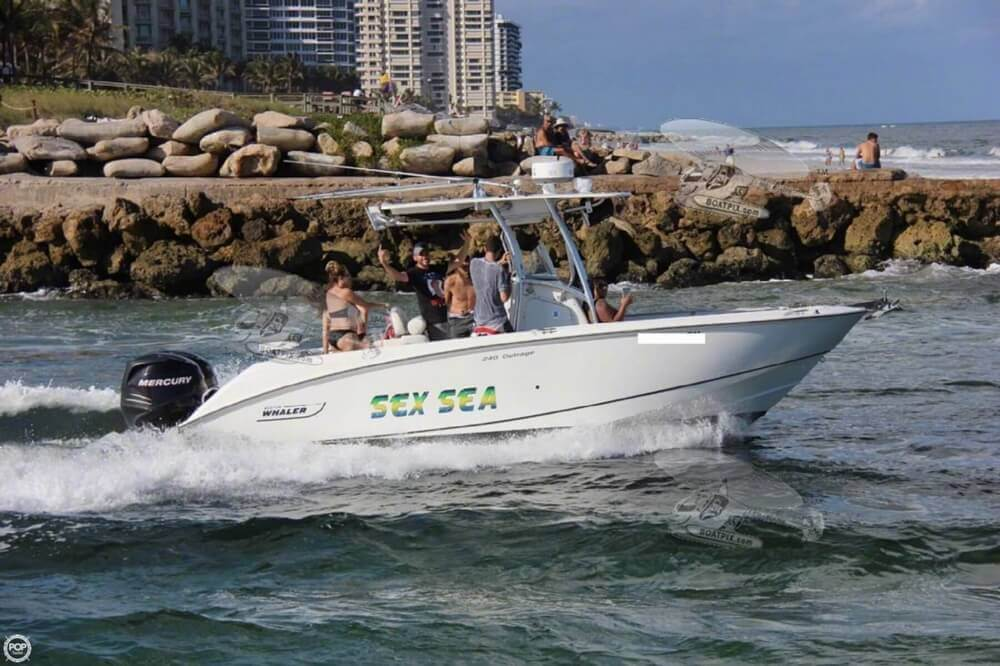 2007 Boston Whaler 23 - image 2