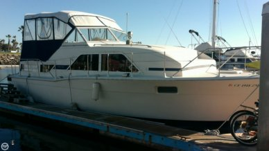 Chris-Craft 350 Catalina, 35', for sale - $17,500