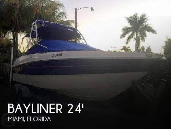 2007 Bayliner 245 Bowrider - Photo #1