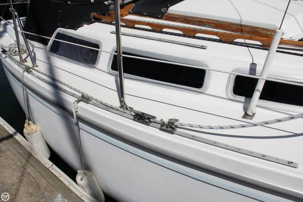 1980 Catalina 30 - Photo #21