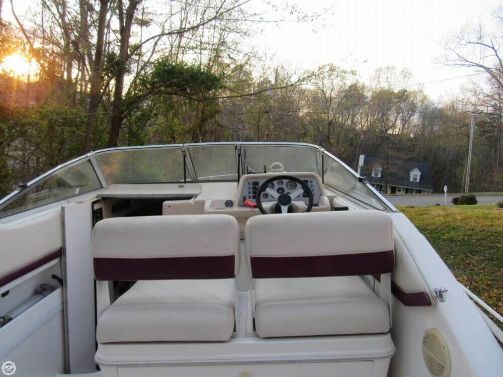1995 Monterey 256 Cruiser - Photo #4